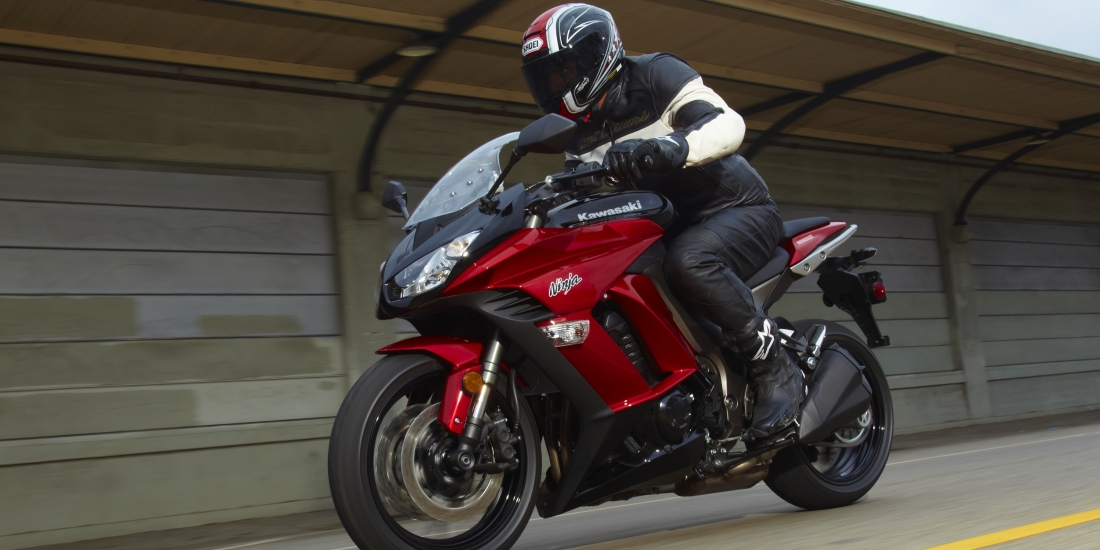 Sportbike Riding Boots >> Sportbike and Motorcycle Protective Gear Guide | MotoSport