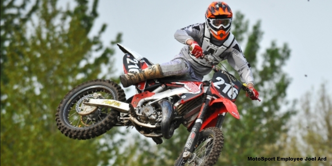 How to Pick the Best 2-Stroke Exhaust for Your Dirt Bike | MotoSport