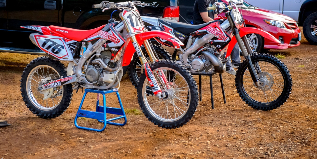 125 vs 250 2 stroke trail riding hobbiesxstyle for Yamaha 250 four stroke